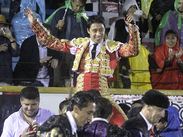 Sergio Flores gana la batalla de Puebla