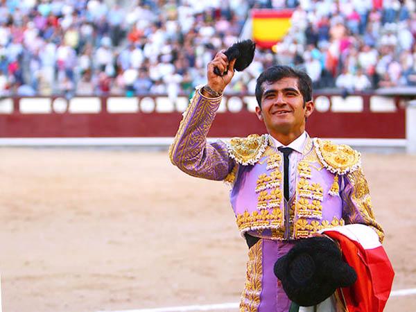 �Joselito triunfa por derecho propio!