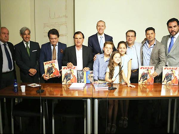 Presentan en Madrid el libro sobre Flores