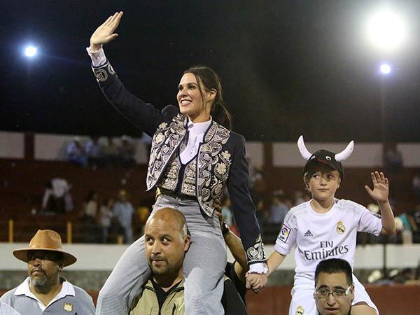 M�nica Serrano se reencuentra con el triunfo