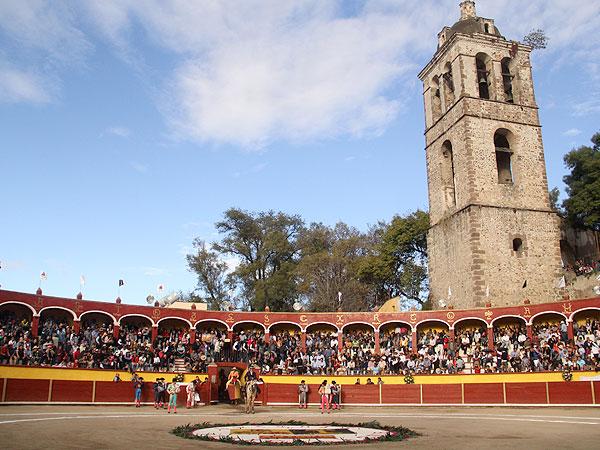 Joselito abre la puerta grande en Tlaxcala