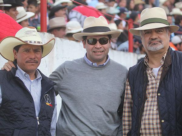 Pizarro y Angelino triunfan en Emiliano Zapata