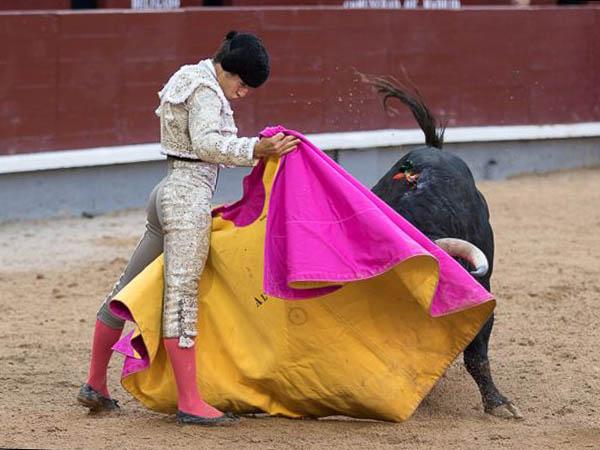 �lvaro Lorenzo da una vuelta en Madrid