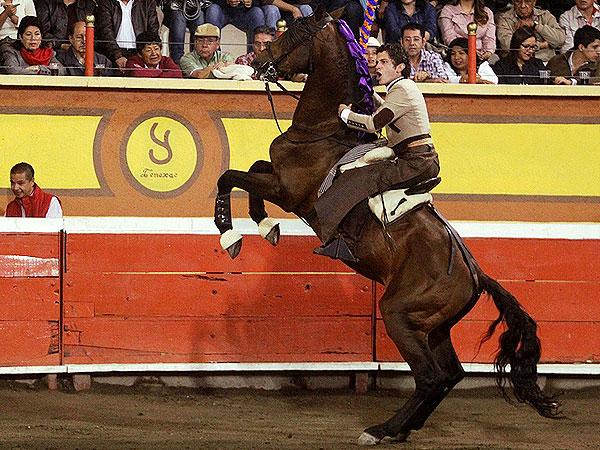 El Zapata, a hombros en el festival de Huamantla