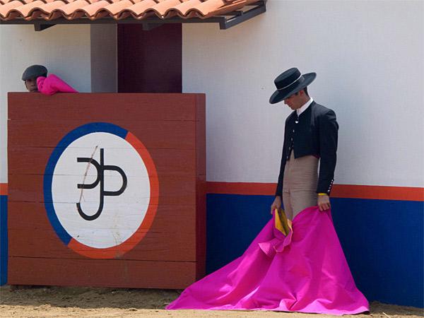 Arturo Mac�as hace campo en San Constantino